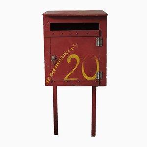 Rot lackierter französischer Briefkasten, 1930er