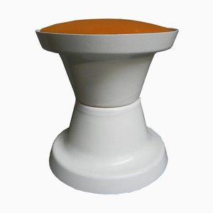 Vintage Hocker mit orangenem Sitz, 1970er