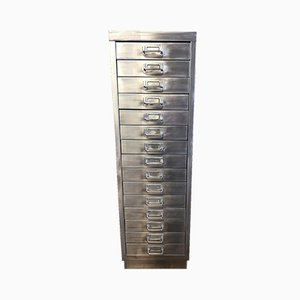 Schedario industriale vintage sverniciato con 15 cassetti