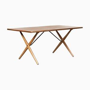 At303 Tisch mit gekreuzten Beinen von Hans J. Wegner für Andreas Tuck, 1966
