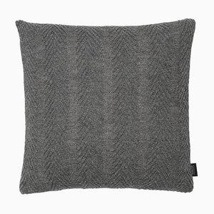 Cuscino a spina di pesce grigio di Louise Roe