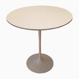 Tavolo Tulip bianco di Eero Saarinen per Knoll, anni '60