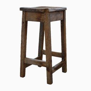 Antiker industrieller Arbeitshocker aus Pinienholz