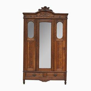Armario francés antiguo con espejo