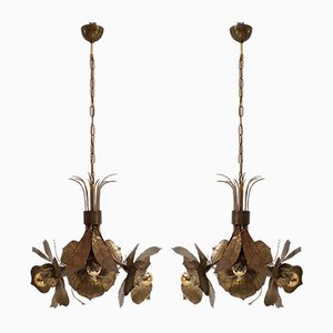 Lampadari Lotus in ottone, bronzo e lucite di Willy Daro, Belgio, anni '60, set di 2