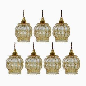 Lampes à Suspension Mid-Century en Verre Bullé Ambré, 1970s, Set de 7