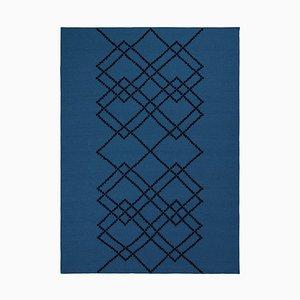 Königsblauer Borg 03 Teppich von Louise Roe
