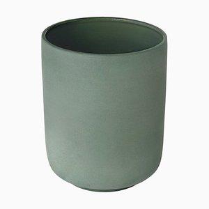 Jadegrüne Pisu 04 Tasse von Louise Roe