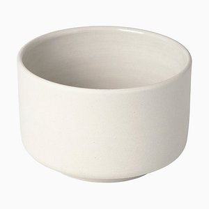Jasmine White Pisu 05 Bowl by Louise Roe