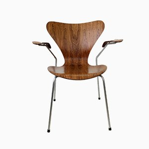 Sedia nr. 3207 in palissandro di Arne Jacobsen per Fritz Hansen, anni '50