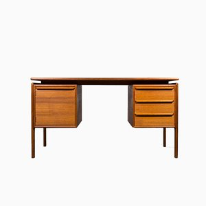 Vintage Danish Teak Desk by GV Gasviga for GV Møbler, 1960s