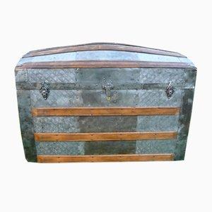 Gewölbte antike amerikanische Truhe aus Metall & Holz