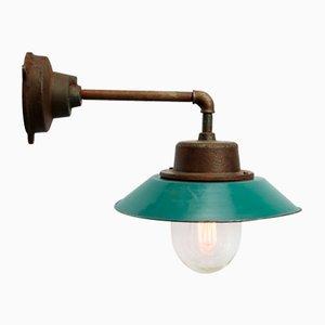 Emaillierte industrielle Vintage Wandlampe aus Gusseisen & Klarglas