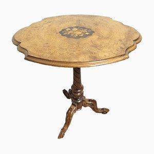 Tavolino di servizio vittoriano in radica di noce intarsiata, metà XIX secolo