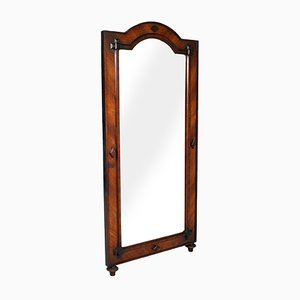 Specchio da pavimento grande antico in legno di noce e impiallacciato in legno di noce