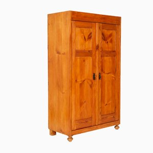 Antique Country Cupboard Wardrobe