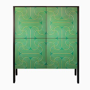 Mobiletto Loop verde smeraldo a quattro ante di Coucou Manou