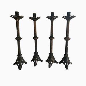 Candelabros de altar de iglesia antiguos de bronce tallado. Juego de 4