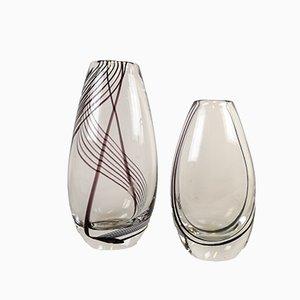 Jarrones de vidrio artístico de Vicke Lindstrand para Kosta, años 50. Juego de 2
