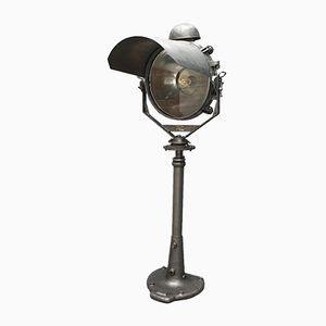 Industrial Projector with Cast Iron Cap