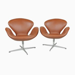 Swan Swivel Chairs by Arne Jacobsen for Fritz Hansen, 1960s, Set of 2