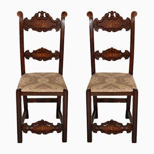 Venezianische Beistellstühle aus geschnitztem Nussholz im gotischen Stil, 1800er, 2er Set