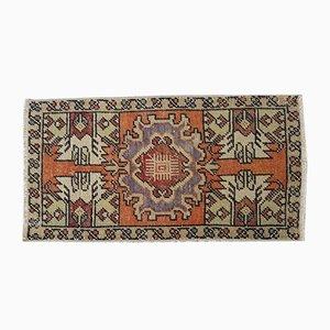 Kleiner Vintage Oushak Teppich