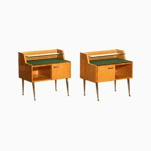 Mesitas de noche italianas de madera de arce y latón de Paolo Buffa, años 50. Juego de 2
