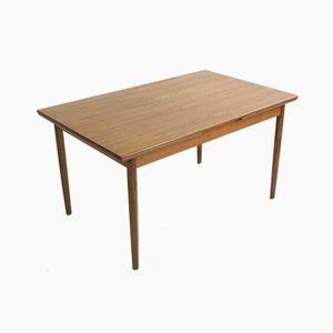 Ausziehbarer dänischer Mid-Century Tisch aus Teakholz