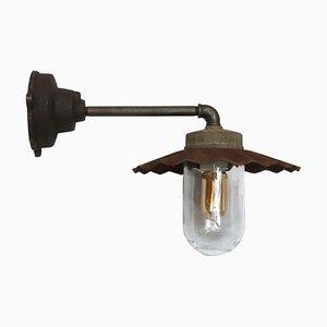 Industrielle Vintage Wandlampe aus Gusseisen & Glas