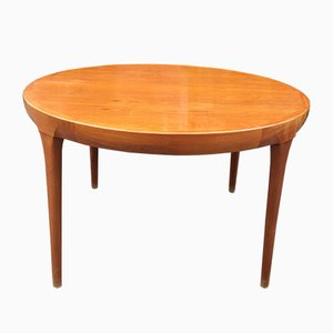 Großer Tisch aus Palisander von Ib Kofod Larsen für Faarup Møbelfabrik, 1970er
