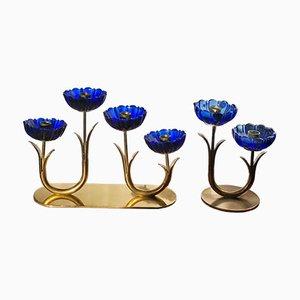 Kerzenhalter aus Messing & blauem Glas von Gunnar Ander für Ystad-Metall, 1950er, 2er Set