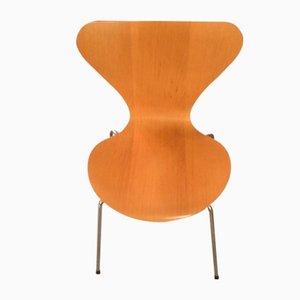 Sillas de Arne Jacobsen para Fritz Hansen, años 70