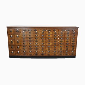 Mueble de farmacia holandés de roble, años 30