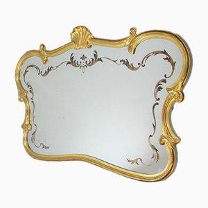 Espejo horizontal dorado y tallado, años 40
