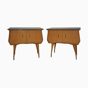 Mesitas de noche italianas de madera de arce, latón y vitral, años 60. Juego de 2