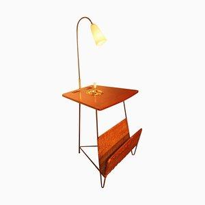 Mesa auxiliar vintage con revistero y lámpara, años 50