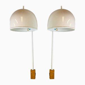 Lámparas de pared modelo V-075 blancas de Bergboms, años 60. Juego de 2