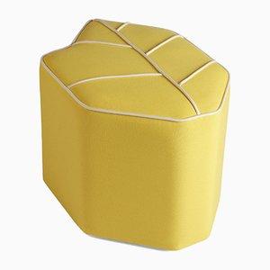 Puf de exterior amarillo en forma de hoja de Nicolette de Waart para Design de Nico