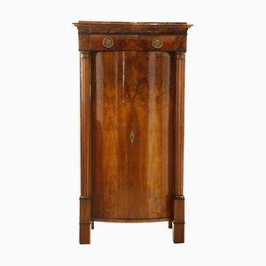Kleiner Biedermeier Schrank aus Nussholz mit gewölbten Türen, 1820er