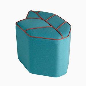 Puf de exterior azul en forma de hoja de Nicolette de Waart para Design de Nico