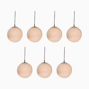 Lámparas colgantes Morning Dew en forma de globo de Raak, años 70. Juego de 7