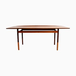 Tavolino da caffè in palissandro di Grete Jack per Paul Jeppesen, anni '60