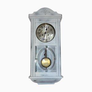 Weiß bemalte Vintage Uhr, 1940er