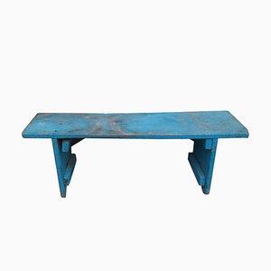 Blau bemalte antike Holzbank
