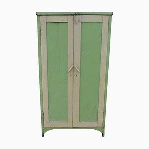 Grün lackierter Vintage Kleiderschrank, 1940er