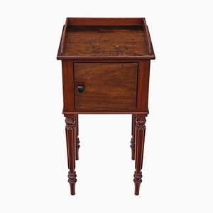Antiker Nachttisch aus Mahagoni