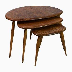 Tavolini ad incastro di Lucian Ercolani per Ercol, anni '60