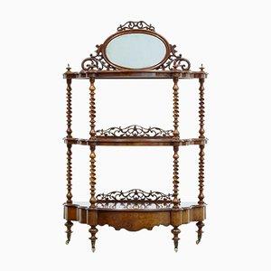 Antikes viktorianisches Regal aus Nussholz