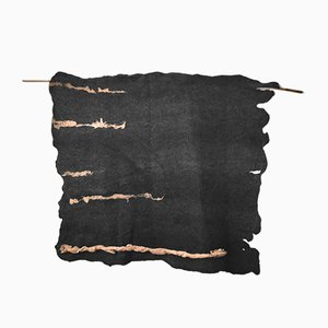 Tapiz Lines en gris oscuro de Margaret van Bekkum